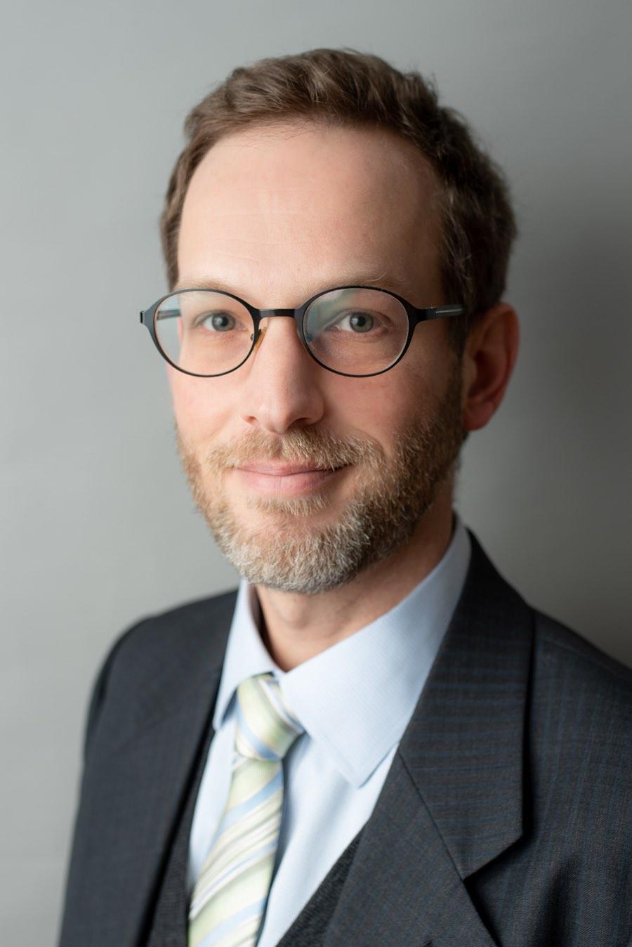 Dr Florian Aspöck