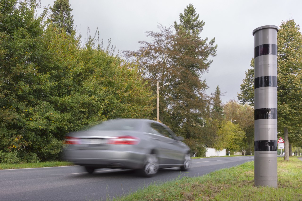 Mit einem Verkehrsrechtsanwalt gegen Ordnungswidrigkeiten im Straßenverkehr vorgehen