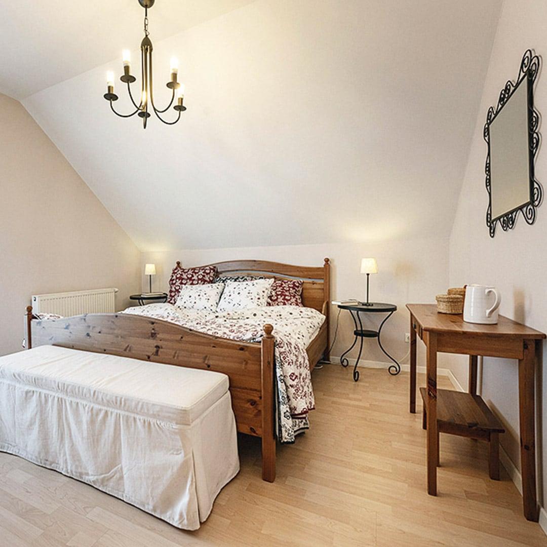 Moderner Landhausstil im Schlafzimmer