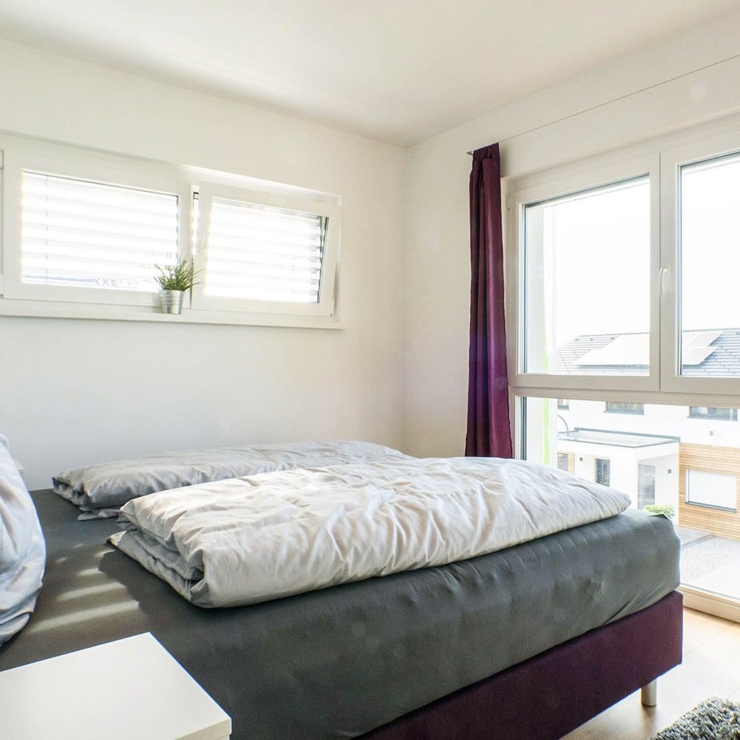 Tolle Aussichten: Natürlich kommt dein Haus mit großen Fensterflächen auch im ersten Stock