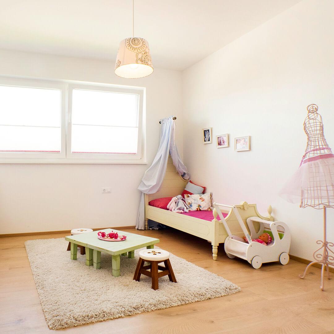 Großzügige Kinder- und Schlafzimmer