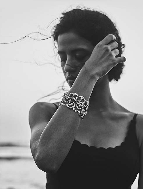 Her Story Whisper in the Wind bracelets in 18K white gold, solitaires, diamond