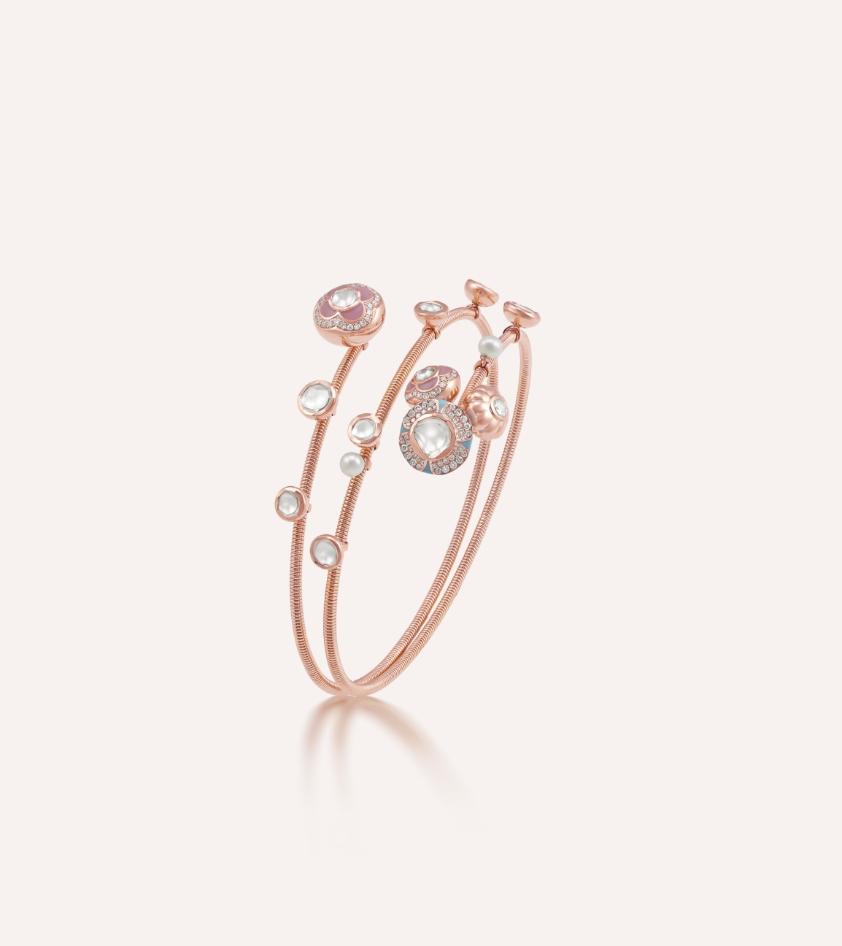 Her Story Poetry in Motion bracelet in 18K rose gold, diamond, enamel