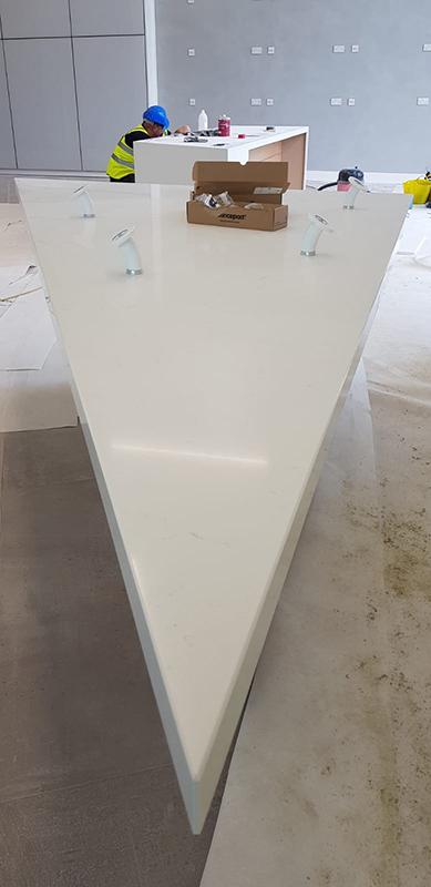Bianco Orion Quartz Workstation