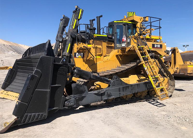 CAT D11R Bulldozer