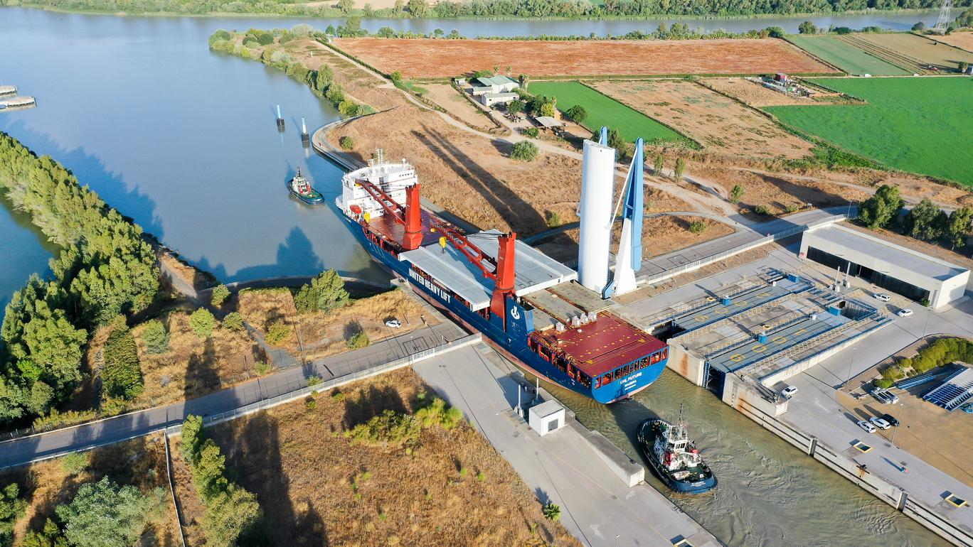 Transporting bridge parts for the Hising Bridge - just one of Tschudi Logistics' many impressive projects.