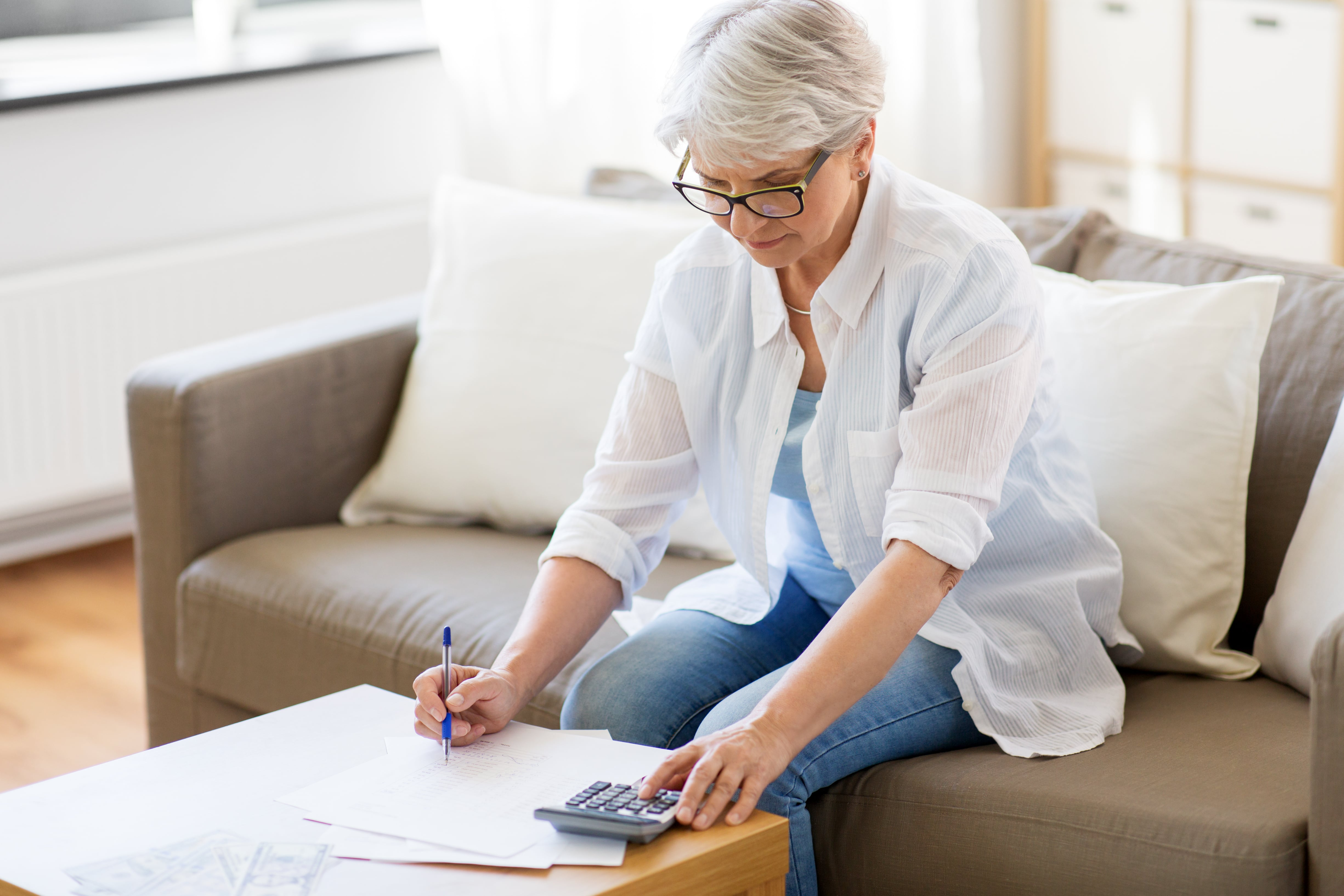5 Tips for Creating a Budget as a Senior