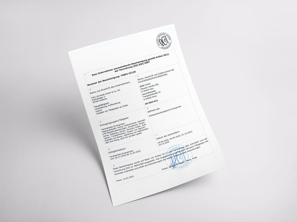Unser Zertifikat für die Vermeidung umweltbelastender Stoffe, geschlossene Stoffkreisläufe, vielfältige Fruchtfolgen und tiergerechte Haltung.
