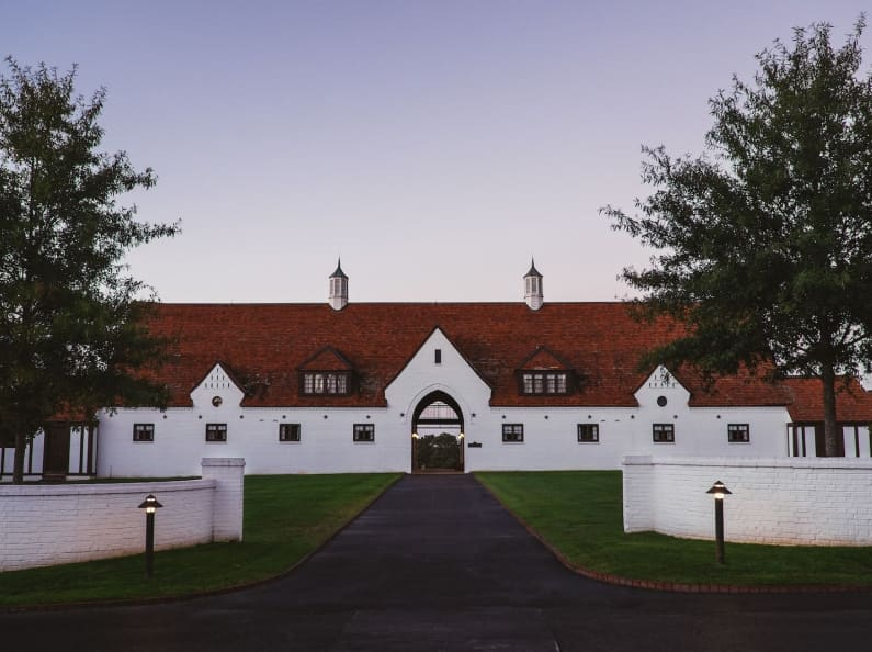Panoramic shot of the main hall at Winshape.