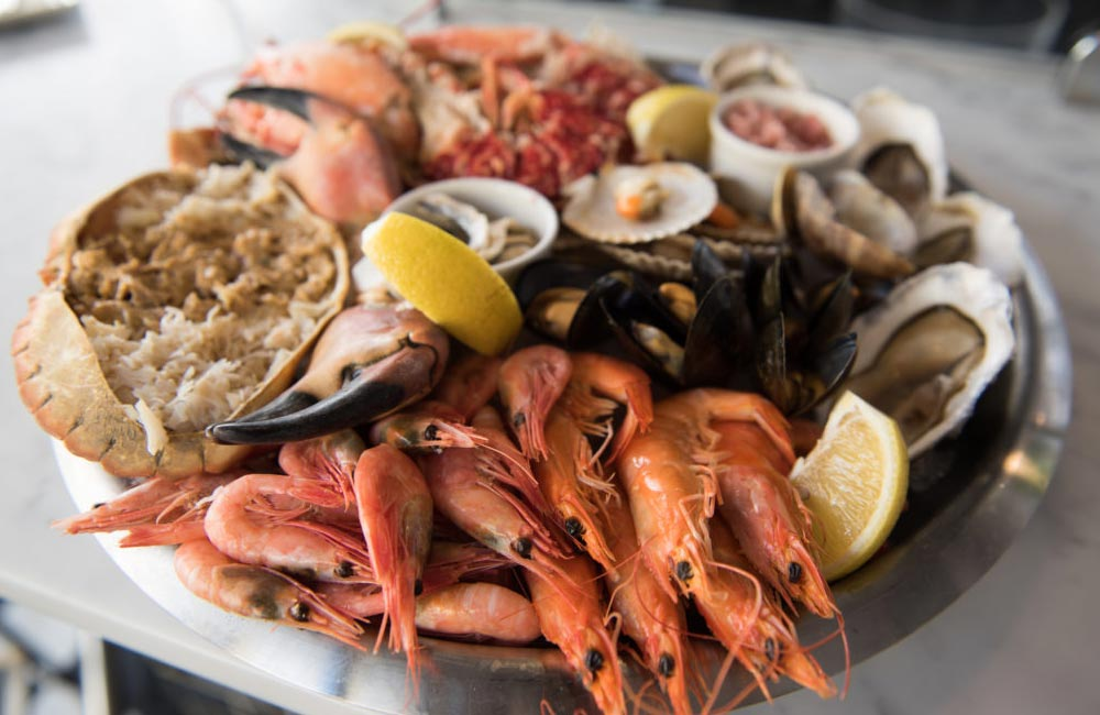 How to create a show stopping seafood platter