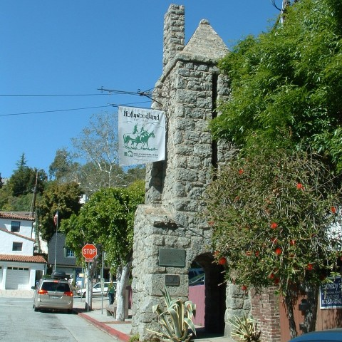 Entrance to Hollywoodland