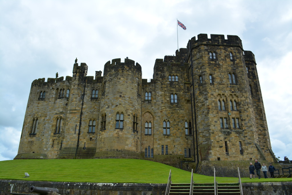 Alnwick Castle Exteriors used as Hogwarts