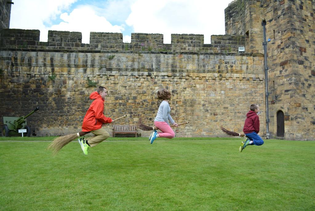 Alnwick Hogwarts Castle Broomstick Flying Lessons