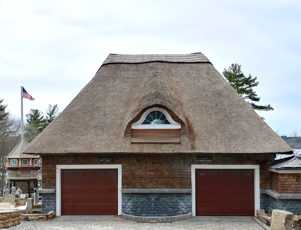 Thatched garage roof Taunton