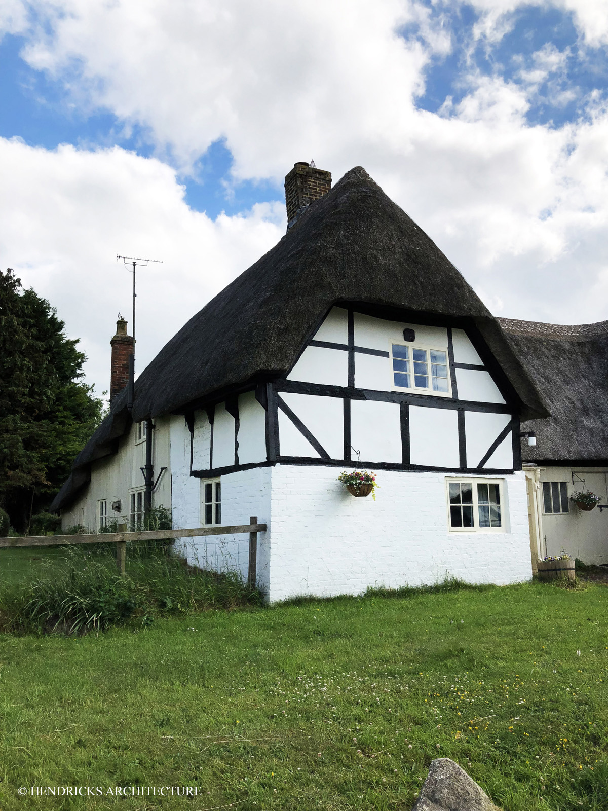 Thatched home in Avebury