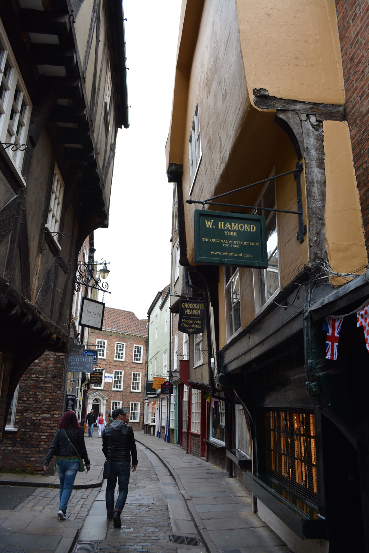 Shops in Old World Shambles of York