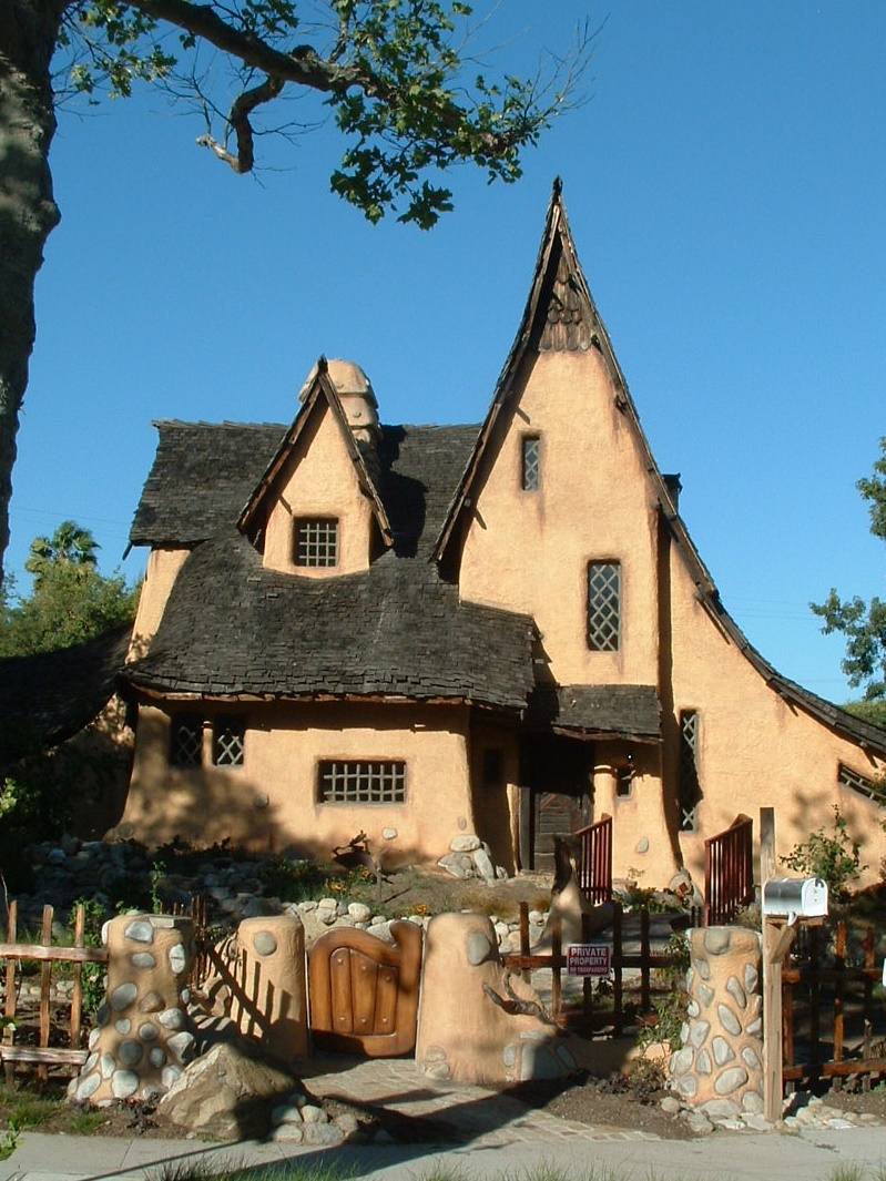 Storybook Style: Hansel and Gretel Cottage