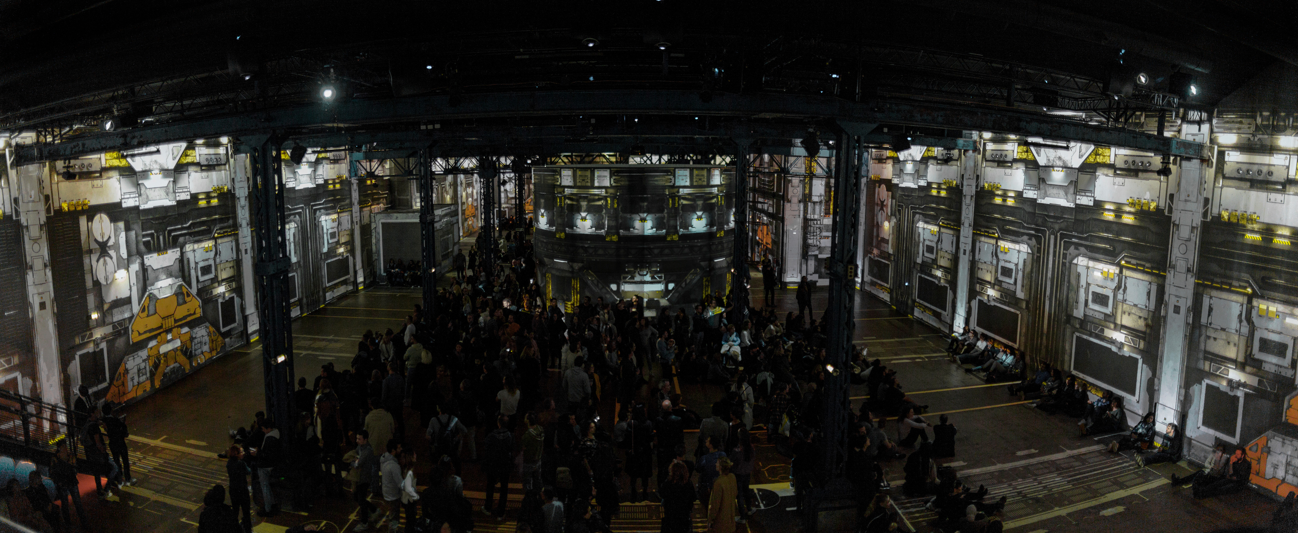 View of the whole room at Atelier Des Lumieres