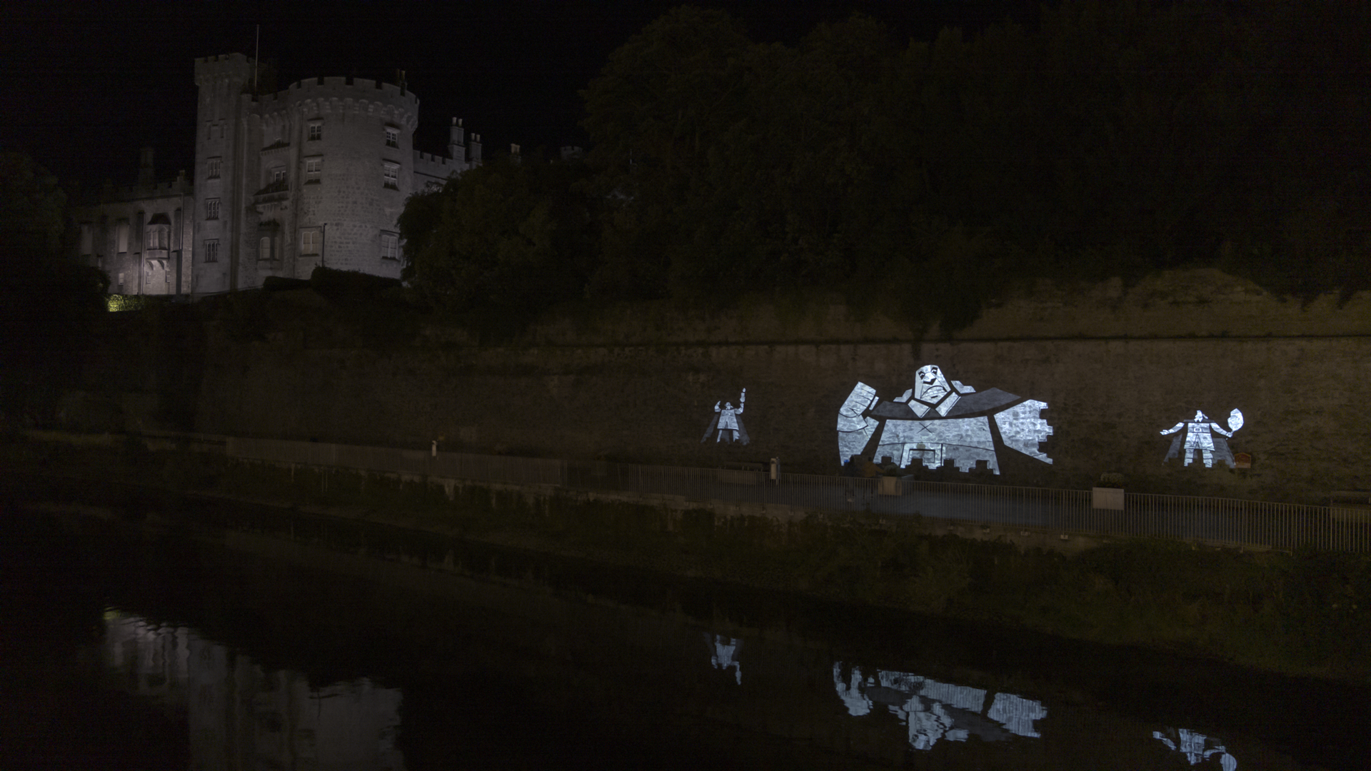 Projection mapping a character for Wolkwalkers