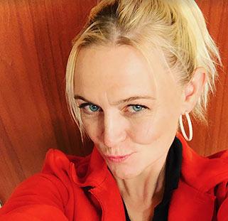 Mandy Stobo