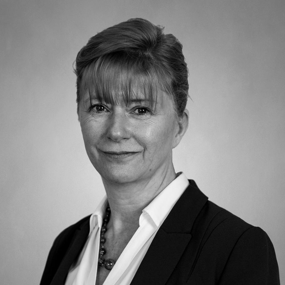 meet the team, Lisa Welsh headshot