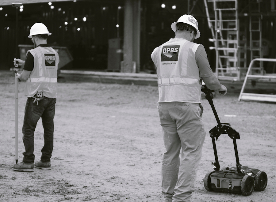 What does an underground utility locator do?