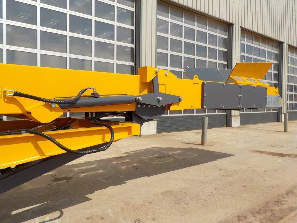TR8048 Conveyor
