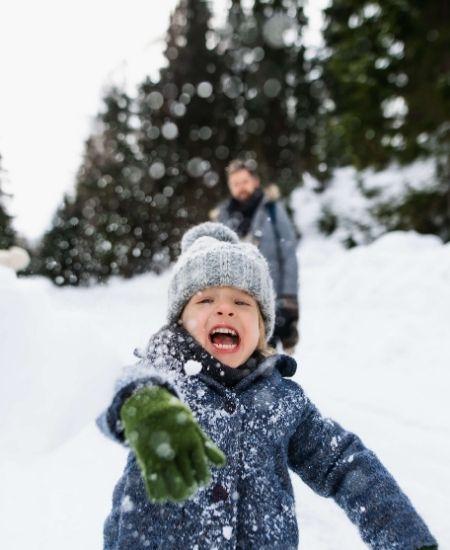 Familienurlaub im Schnee in der Schweiz
