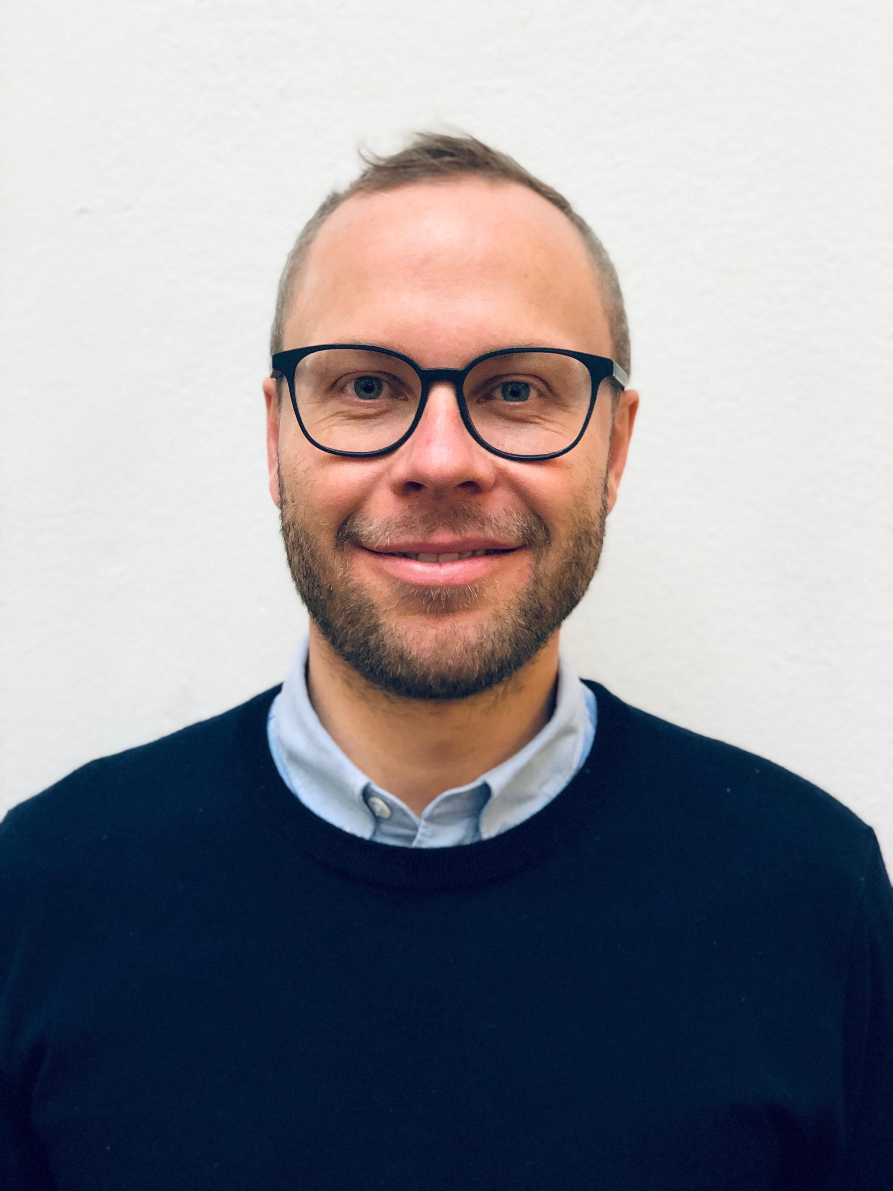 Lasse Surland