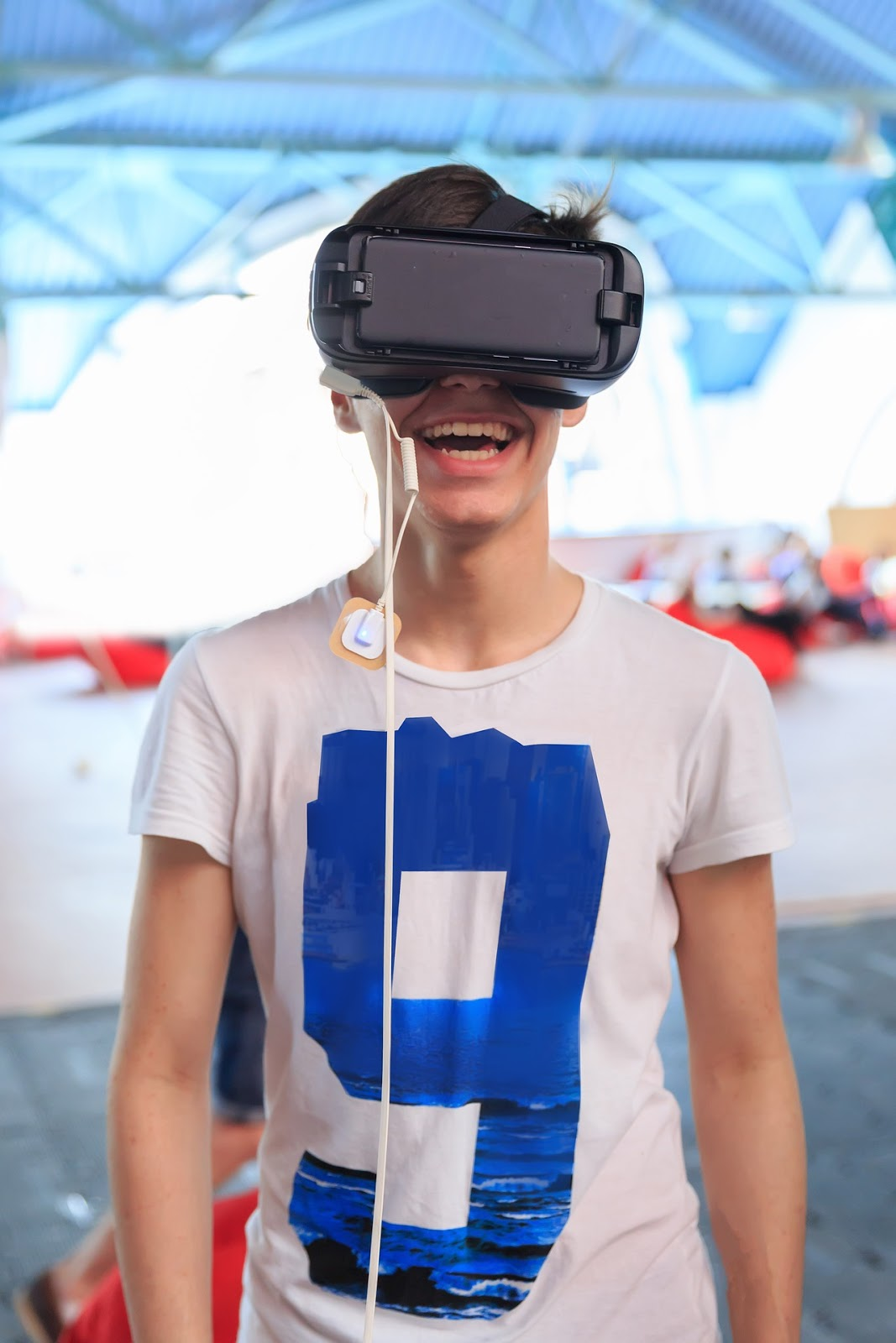 happy guy experiencing augmented reality