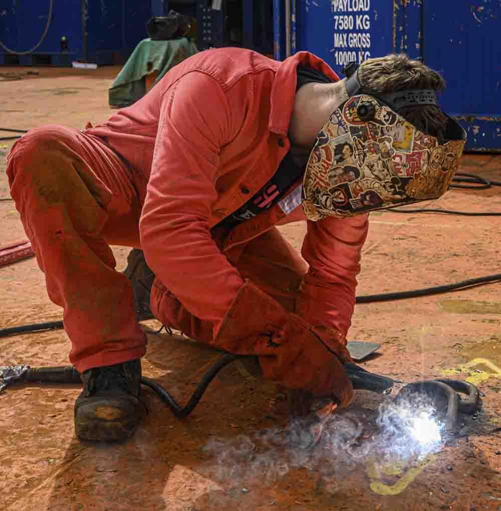 Offshore welder