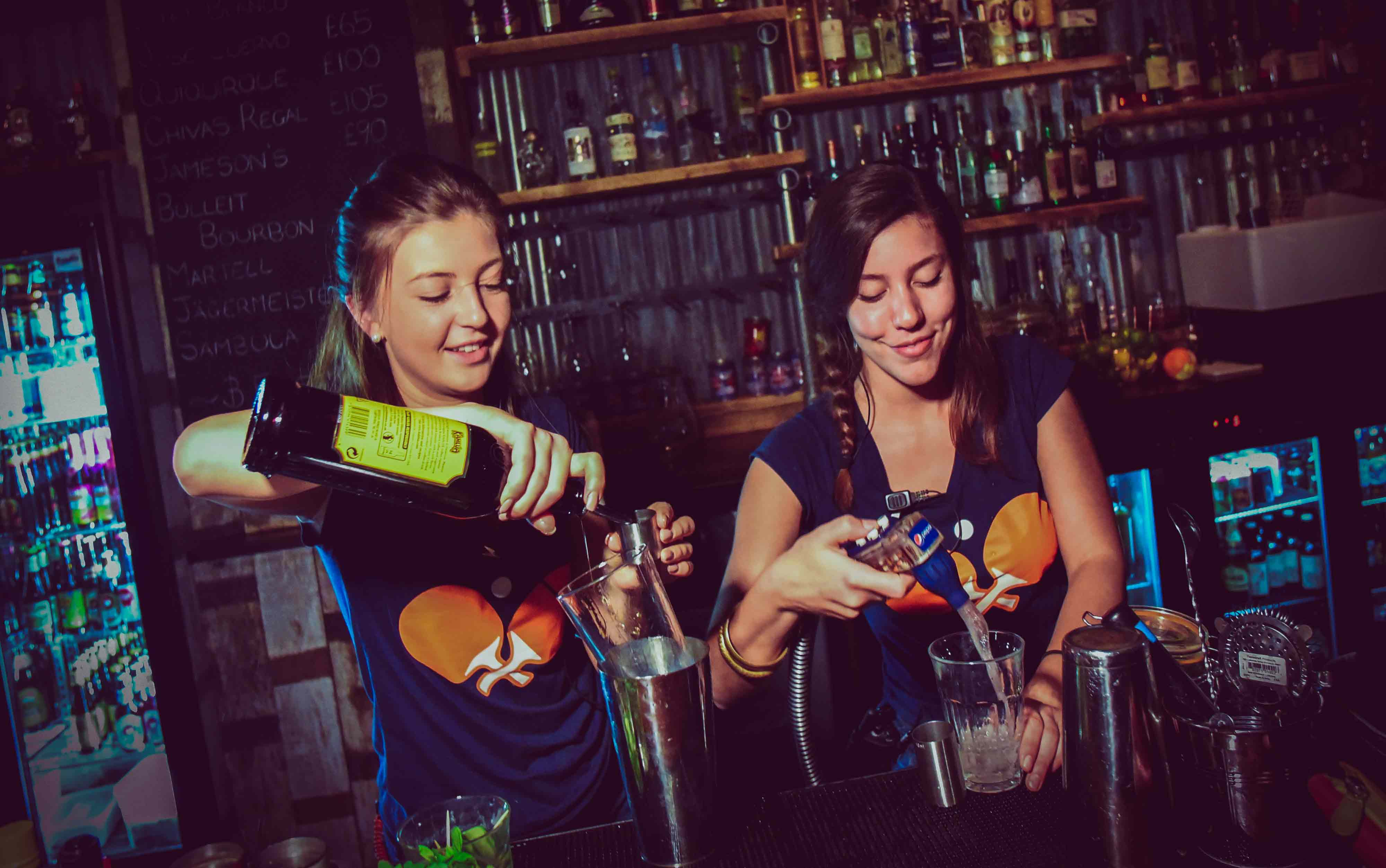 Join the team - Cocktail bartenders
