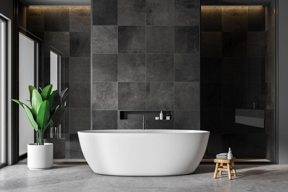 A neat luxurious bathroom.