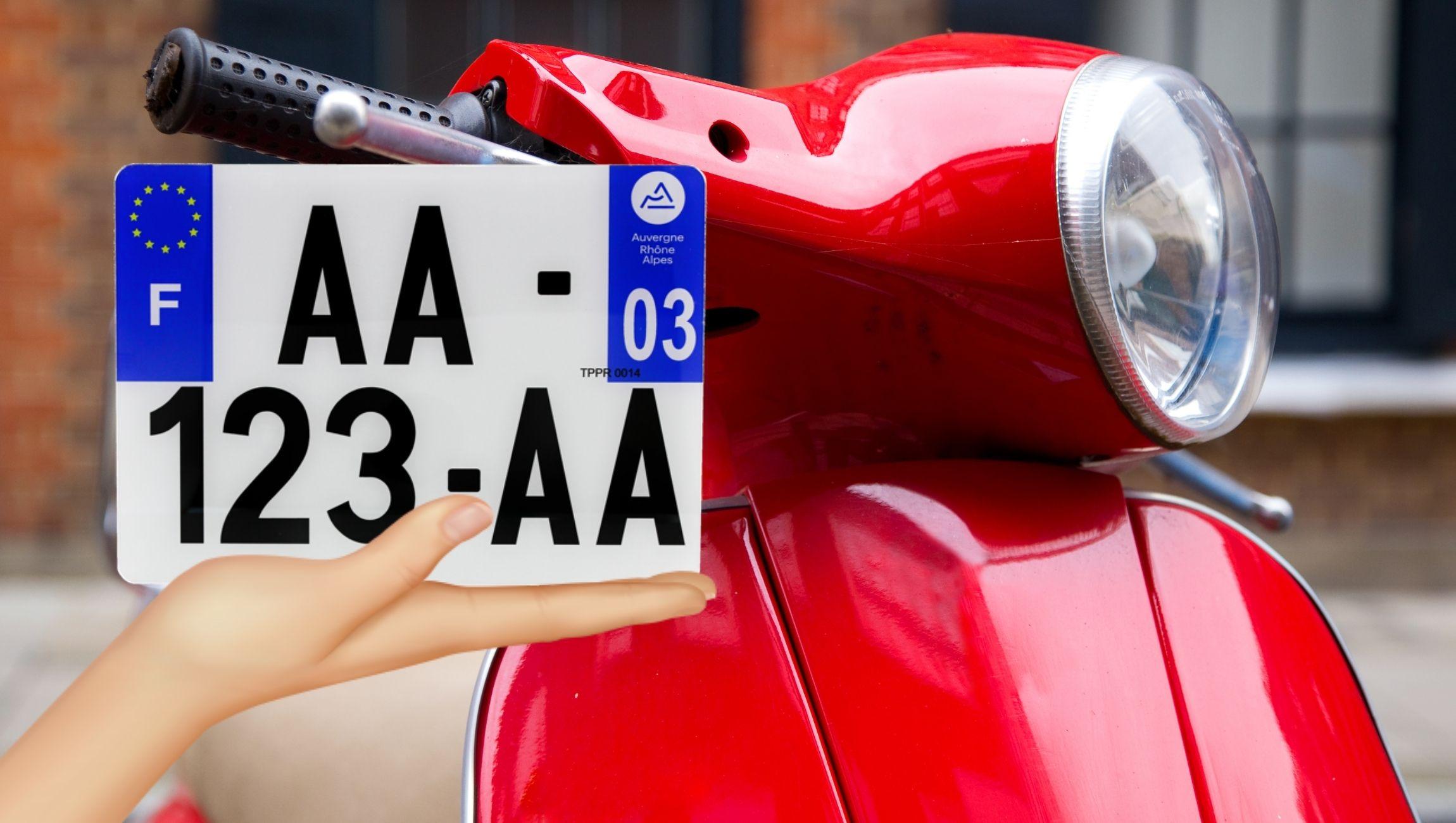 Plaque d'immatriculation pour scooter