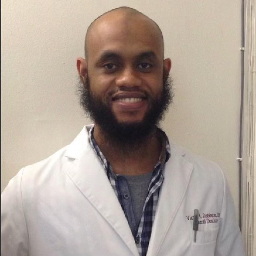 Dr. Robinson portrait photo