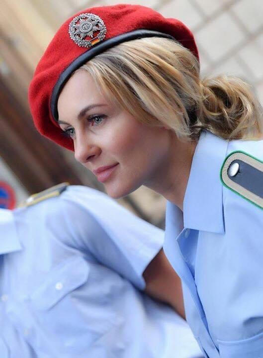 Monika Sozanska in ihrem Dienstanzug der Bundeswehr / Foto: Augusto Bizzi