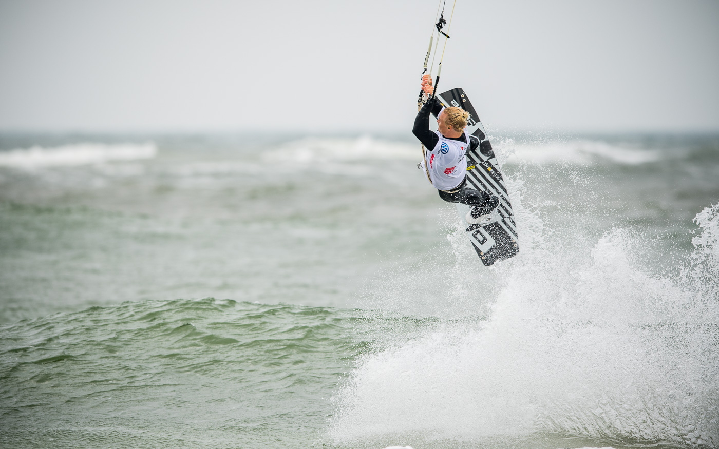 Linus Erdmann - Freestyle Ktesurfen