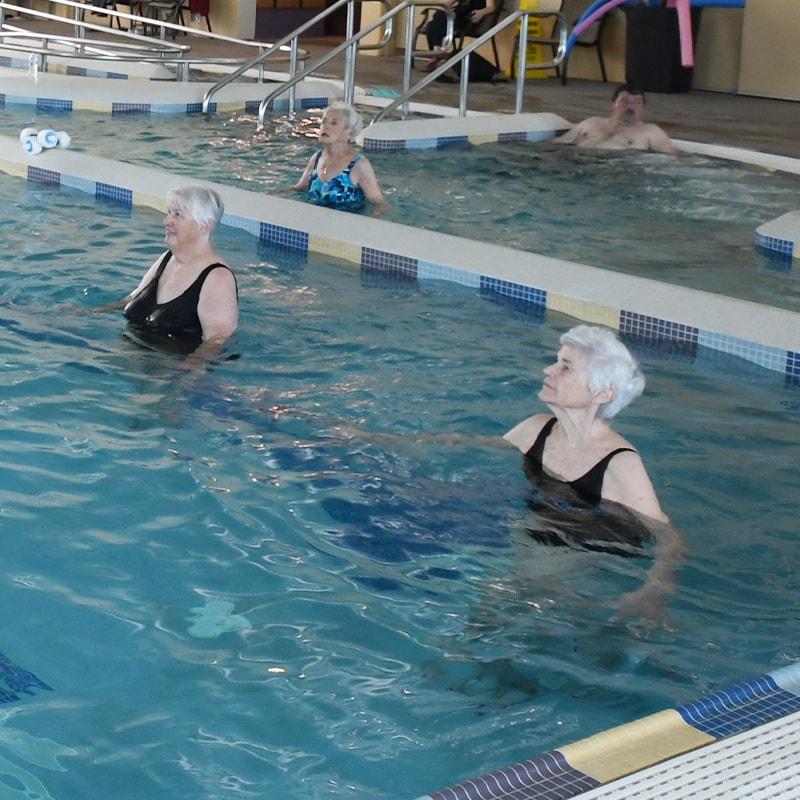 Women in swimming pool