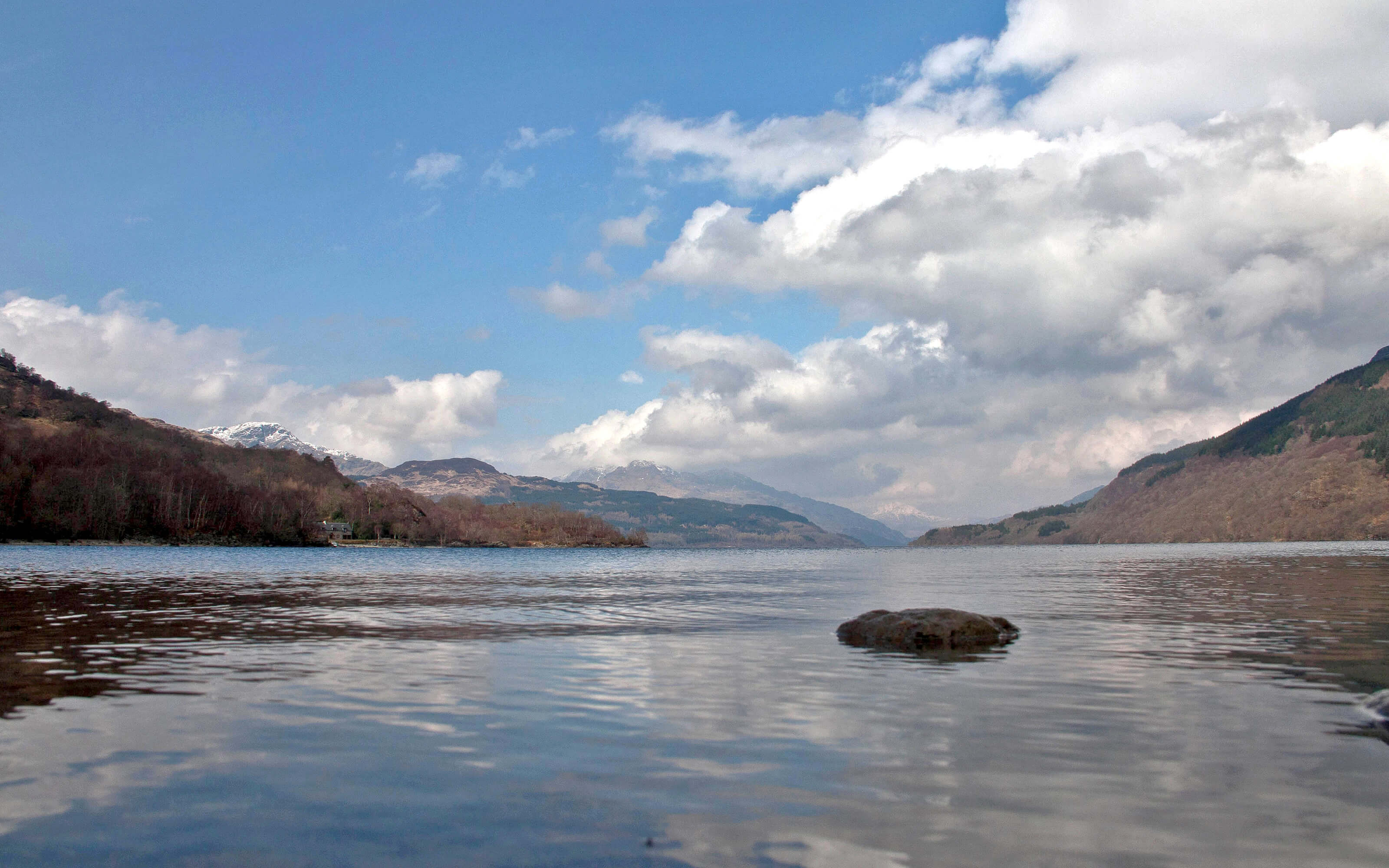 The view from the waters edge of Loch Lomond.