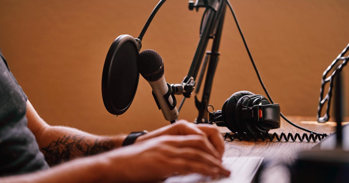 The Best Podcast Equipment Setups in 2021 (for any budget)