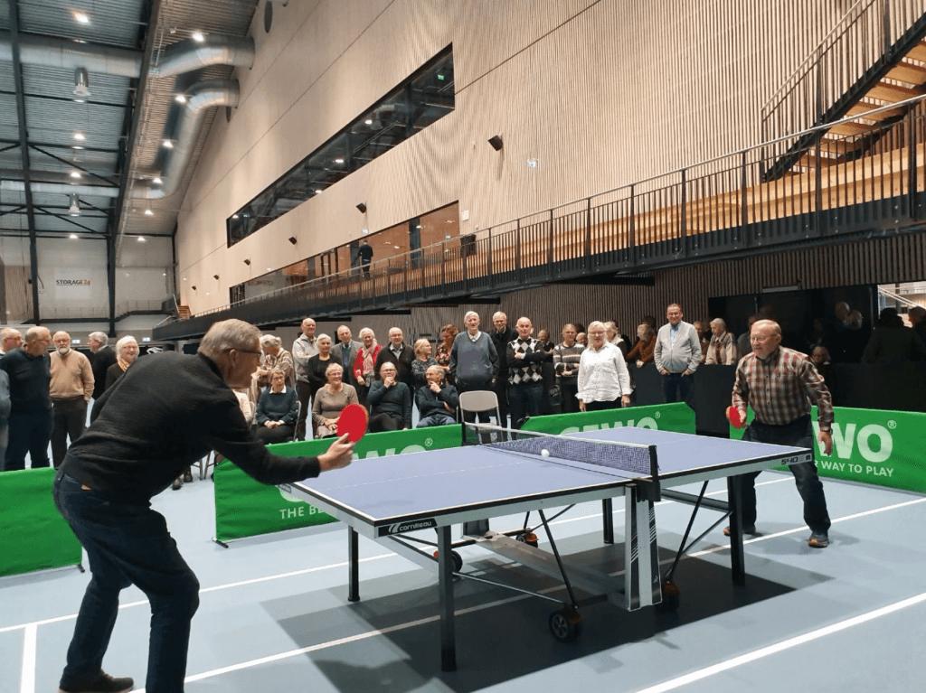 Bordtennis aktivitet og konkurranse