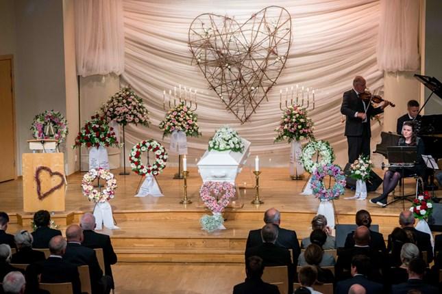 Begravelse Inger 52 år