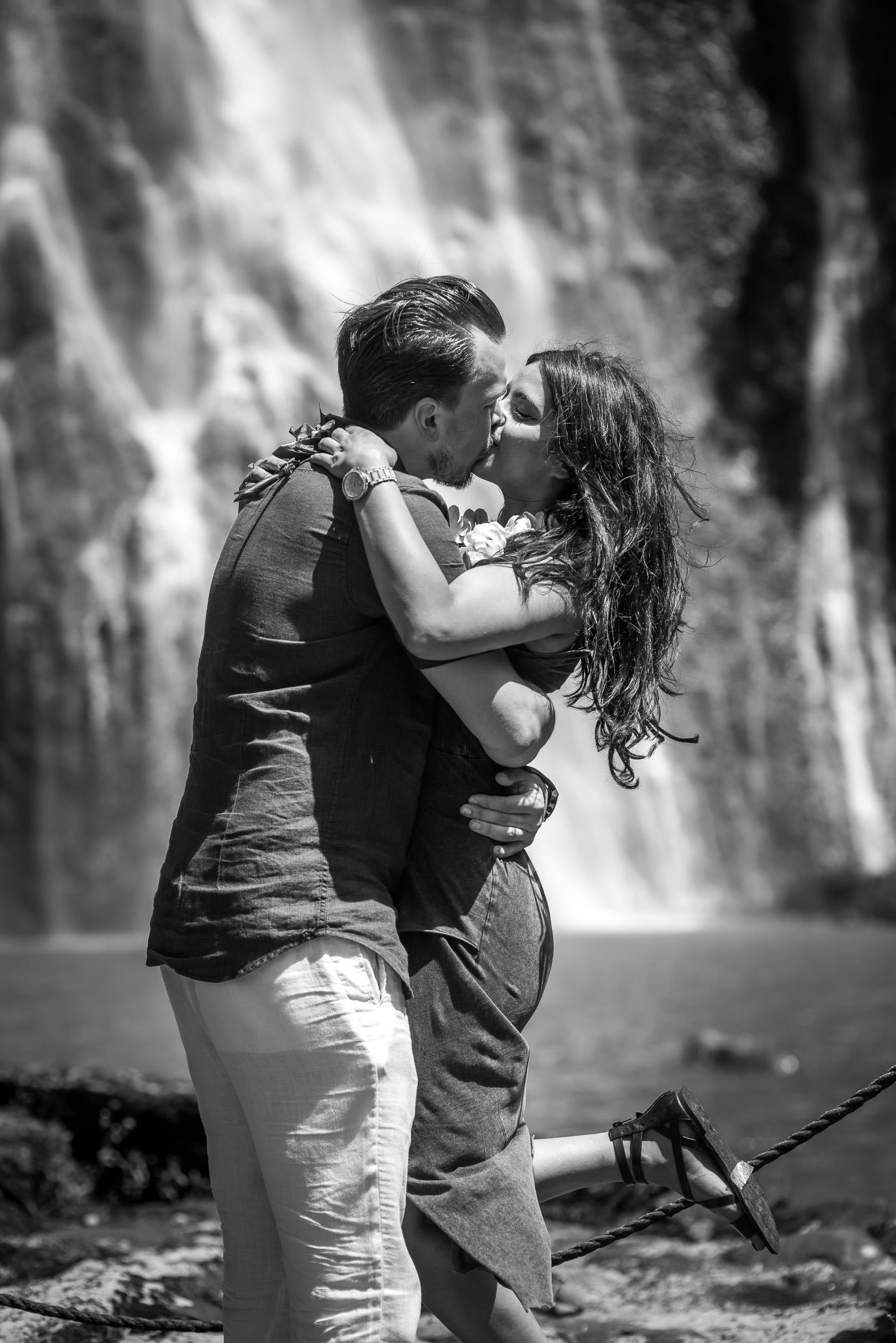 Black and White photo at kauai waterfalls