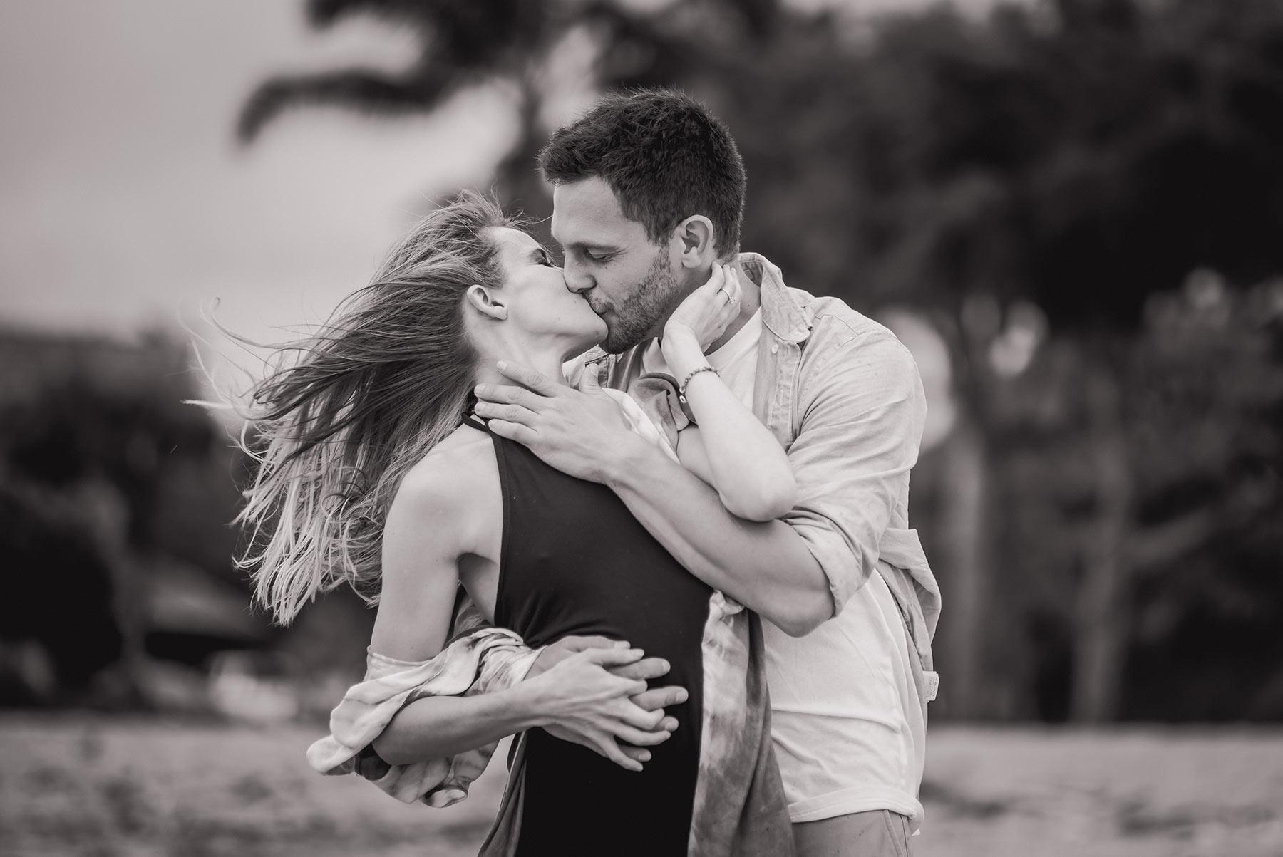 Kauai marriage proposal photographer