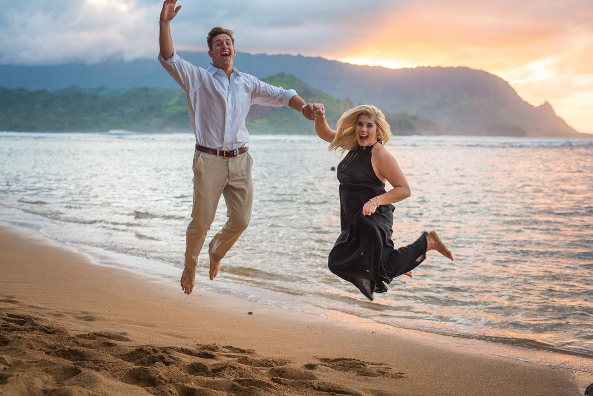 Fun Surprise Proposal on Kauai
