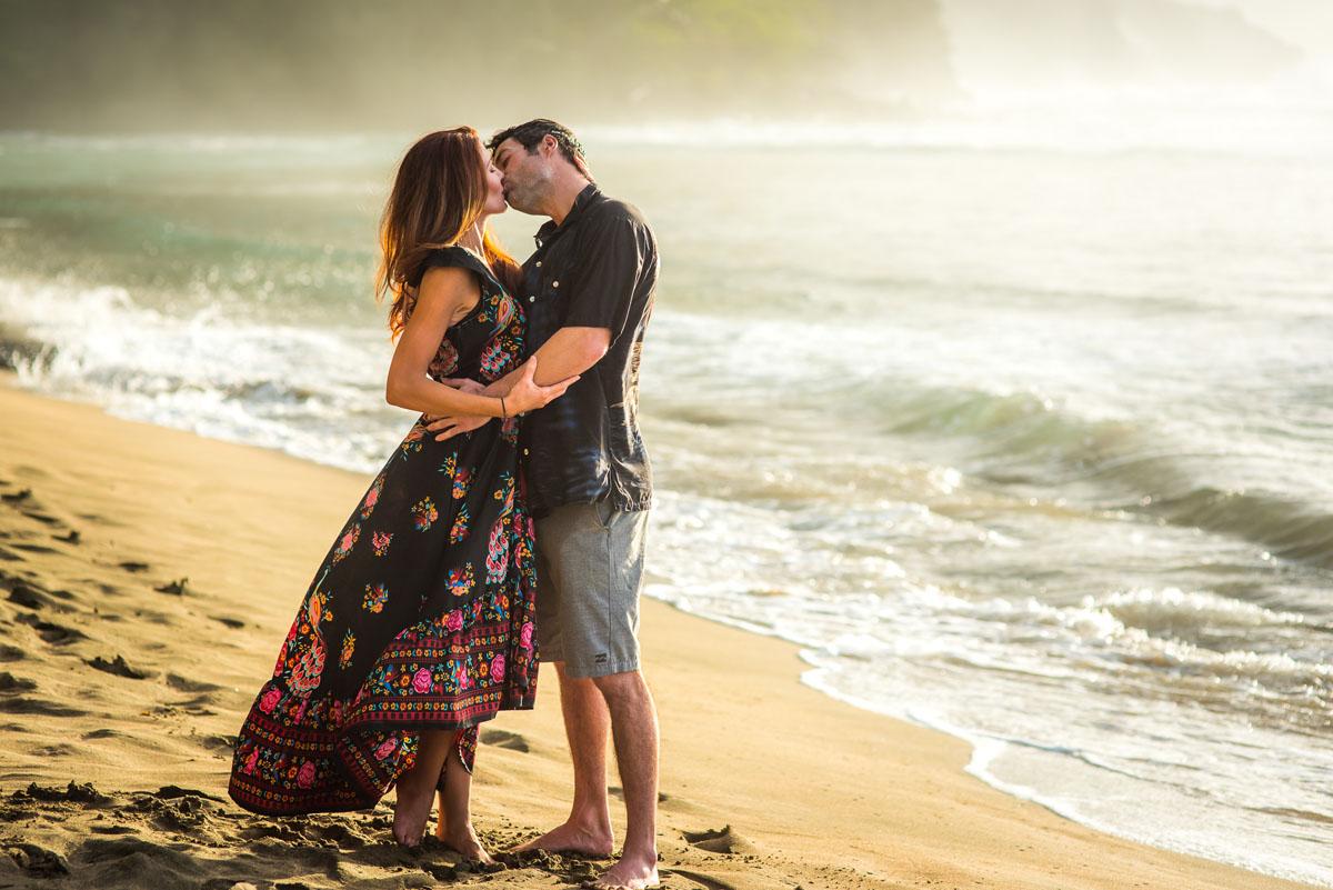 Outdoor Anniversary Photography on Kauai