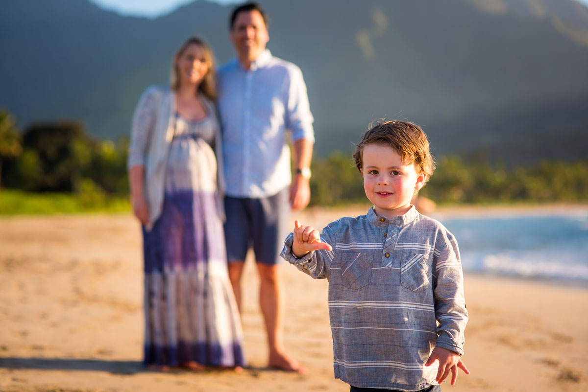 Maternity Photographer on Kauai