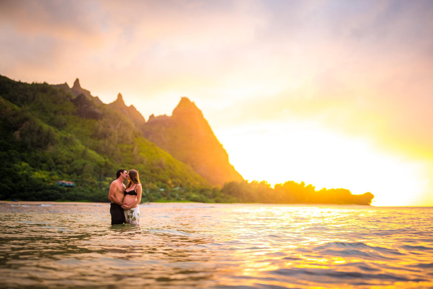 Best Kauai Maternity Photographer