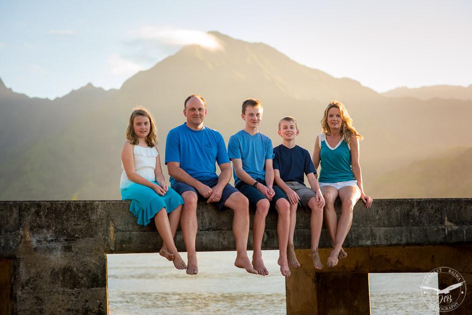 Fun family photoshoot in Hanalei Bay.