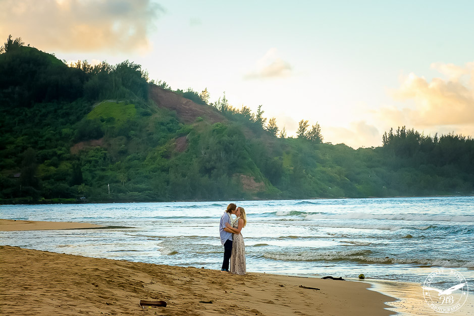 Surprise-Kauai-Marriage-Propsal-9